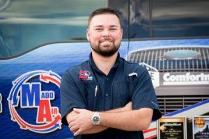 Emergency AC Repair Technician